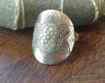Flower of life.......... Mehndi ring, recyled sterling silver, handmade in your size!