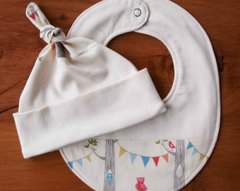 Organic Baby Hat and Bib Gift Set; WOODLAND PARTY; Handmade Newborn Baby Cap, Drool Bib Gift Set; Gender Neutral, Eco-Friendly Baby Shower