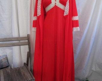 Red 70s Vintage Lace Peignor Negligee Vintage silky Nylon robe V neckline nylon nightgown Vintage Wedding Peignoir set  M