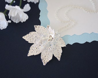 Silver Full Moon Maple Leaf Necklace, Real Silver Leaf, Real Maple Leaf Necklace, Maple Leaf, Sterling Silver, LC127
