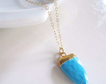 Turquoise Horn Necklace, Layering 14k gold Necklace, Gemstone Jewelry, Minimalist Jewelry, Modern Necklace, Gift Necklace
