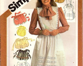 1980s Simplicity 5323 Vintage Sewing Pattern Misses Full Aprons Half Aprons Hostess Aprons One Size