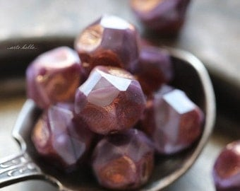 sale .. CRUSHED GRAPE NUGGETS .. 10 Picasso Czech Glass Baroque Beads 9mm (5313-10)