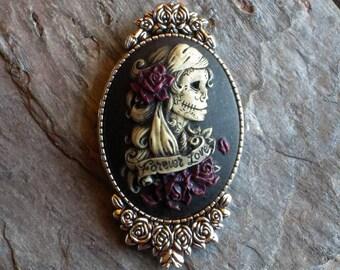 Sugar skull cameo brooch, Halloween brooch, day of the dead brooch, skeleton brooch, skull brooch, gothic brooch, unique holiday gift ideas