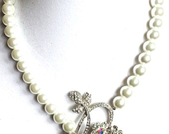 bridal pearl necklace  vintage brooch pearl necklace OOAK unique pearl necklace