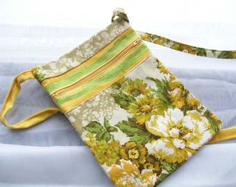 Crossbody Purse, Travel Bag, Free hands Pouch Purse, Zippered Shoulder Sling,  Retro Flowers, yellow gold
