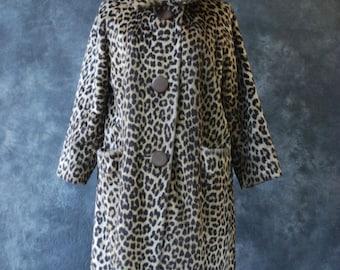 60's faux fur leopard print coat
