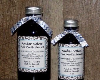 Homemade Pure and Natural Vanilla Extract, Amber Velvet, Rich and Smooth, Madagascar Bourbon Beans and Vodka, Gourmet Baker's Gift