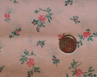 PK010 ~ Pink fabric Pink flowers Green leaves Quilting Quilt
