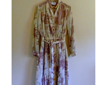 Vintage Belted Dress with Floral and Bird Pattern - Size M/L