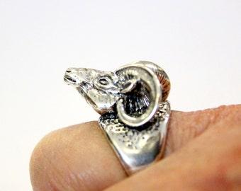Ram Head Ring Silver Bighorn Sheep Ring Unisex  Ring 524