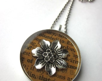 Book page resin bezel necklace, round flower with antique page