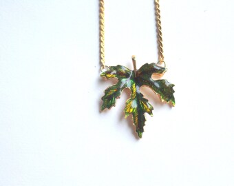 Vintage Enamel Cannabis Maple Leaf Gold Tone Retro Necklace