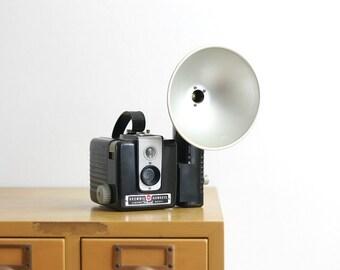 Vintage Kodak Brownie Hawkeye 620 Bakelite Box Camera with Flash Attachment