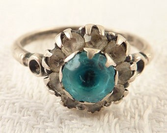 Size 5.5 Antique Uncas Sterling Blue Glass Rhinestone Flower Ring