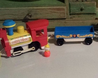 Fisher Price ~ Little People ~ Play Family Circus Train ~1973 ~ 4-car version ~ with Clown Figure