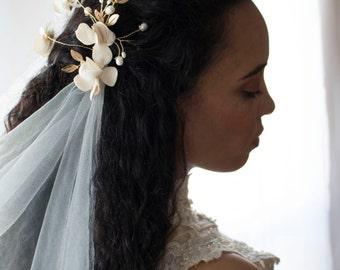 Draped veil, drape veil, tulle veil, wedding veil, tulle veil, wedding headpiece, bridal headpiece, fingertip veil, cathedral veil,