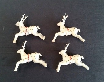 Tiny Vintage Reindeer . 1950's Christmas Decoration . Four White Deer . Winter Decor