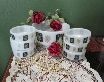 Federal Milk Glass Atomic Snowflake Starburst 8 inch Berry Bowl with 6 Dessert Dishes