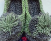 Women's Crochet Green Slippers | Green and Gray Crochet Slippers | Hand Crochet Slippers | House Shoes | Crochet Booties | Slippers