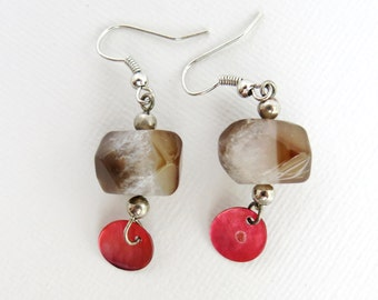 Boho Caramel Nugget Earrings with Red Shell Drop - Silver Earrings - Agate Earrings - Brown Earrings - G-95