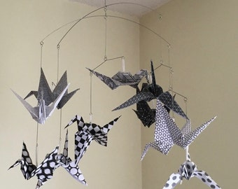 Origami Crane Mobile Black & White, Bird Mobile, Baby Mobile, Nursery Mobile, Baby Shower Gift, Kinetic Sculpture, Paper Mobile
