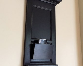 Small Space Narrow Bachelor Organizer Chalkboard Keyhook shelf with Mail or Phone Pocket Organizer for Entryway with one hook