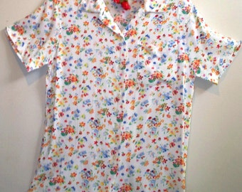 pretty posies print short sleeved blouse
