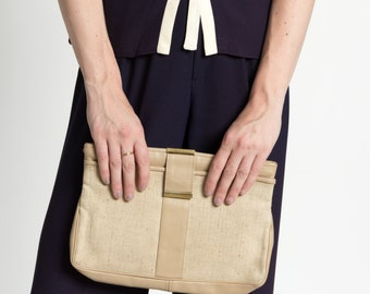 Vintage 70s Minimal Beige Leather and Woven Fabric Clutch