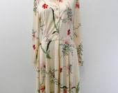 Vintage 1960s Dress...Floral Shirtywaist Dress in Cream... Polyester Midi Dress...Size Small to Medium