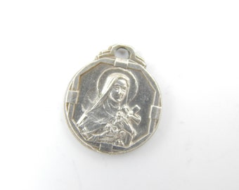 Vintage Saint Therese Catholic Medal - Miraculous Medal - Religious Charms - Catholic Supplies - Catholic Jewelry - X20