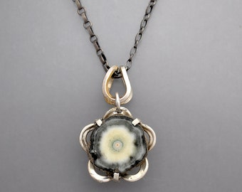 Agate Stalactite Flower Necklace