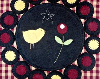 Spring Chick Primitive Wool Penny Rug Pattern