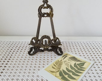 Vintage Ornate Brass Easel Display Stand With French Fleur de Lis, Bohemian Anthropologie Style