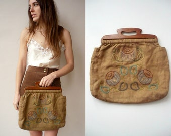 1940's Vintage Antique Embroidered Bag With Wooden Handles