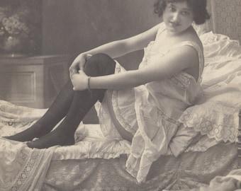 Marvelous Risque Boudoir Image, Vintage German Card, circa 1910