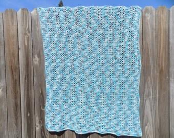 Multi-color blanket