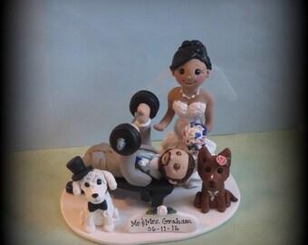 Wedding Cake Topper, Custom Cake Topper, Bride and Groom, Weight Lifting, Bride Spotting Groom, Polymer Clay, Wedding, Anniversary, Keepsake