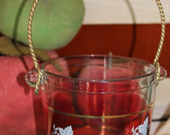 Glass ice bucket with grape pattern