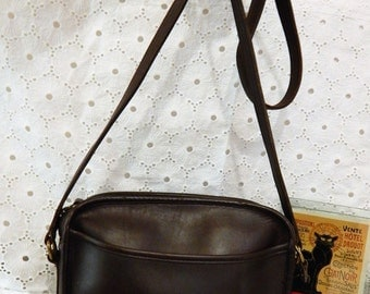 Gorgeous Vintage Authentic ~COACH Legacy ~ Rich Dark Brown Coco Leather