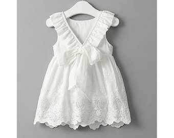 White Crochet Lace Girl Dress Toddler Baby Marie Antoinette Romantic Ballerina Frock Infant Cute Bridal Elsa Cutout V Ribbon Bow Dress