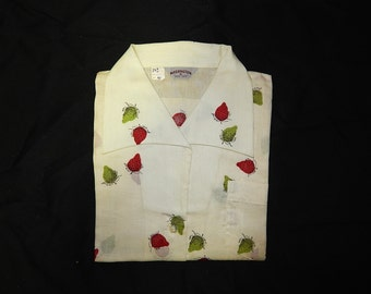 Deadstock 40s 50s novelty print white blouse sleeveless shirt green red black strawberries fruits bombshell pin up see through top XL XXL