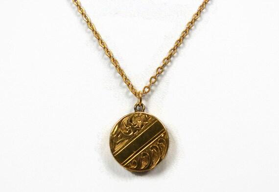 10k gold baby locket vintage jewelry 14k gold chain