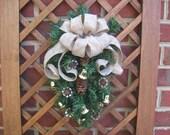 Teardrop Pine Wreath, Small Christmas Wreath, 14 inch Pine Wreath, Small Space Wreath, Door Hanger, Rustic, Primitive, Burlap Wreath, Xmas
