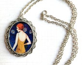 Vintage-style Roaring Twenties 1920's Flapper It Girl Antique Silver Pendant Necklace - Adjustable Length