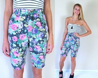 vtg 90s gray denim FLORAL PRINT high waist Jean SHORTS Med/27 revival boho hippie grunge indie retro hipster pants festival bright colorful