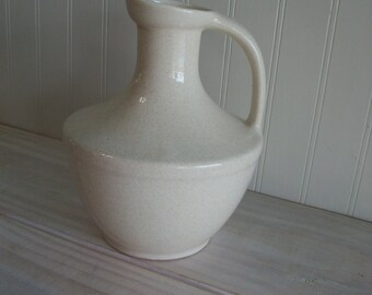 Mid Century Pfaltzgraff Pottery Ceramic Stoneware Speckled Vintage Pitcher / Pfaltzgraff York PA USA Pitcher in Cream Color Vintage Pottery
