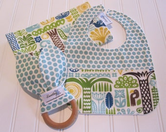 SWEET NATURALS/Organic Line/Newborn Gift Set/Infant Bib, Burp Cloth & Teether/Ipanema(Organic)/Organic Fleece Back