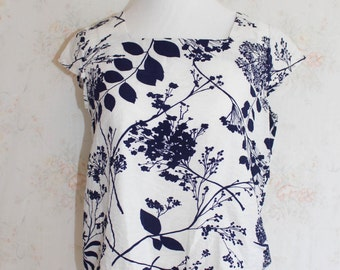 Vintage 60s Floral Blouse, 1960s Flower Print Shirt, Short Sleeve, Top