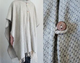 folk wool poncho - OS